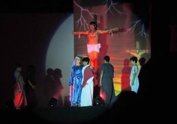 Paixão de Cristo no HBE , grande espetáculo da fé.